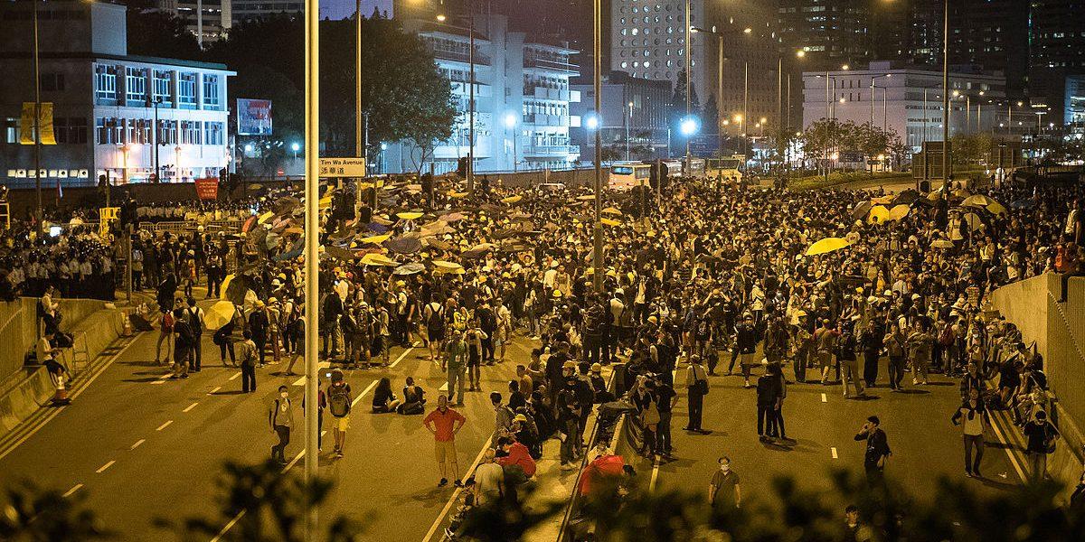 hong_kong_umbrella_revolution_-umbrellarevolution_-umbrellamovement_15292823014